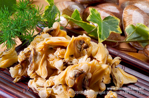 Cooked Yellow clam Meat<br />Latin name: Paphia undulata<br />Size:  300-500 Pcs/kg  ; 500-800 Pcs/kg<br />      ;800-1000 Pcs/kg; 1000 Pcs Up/kg
